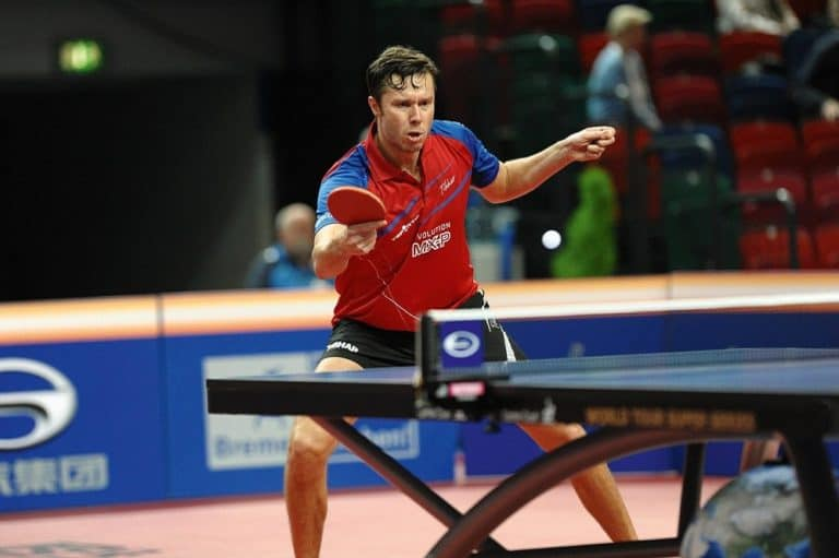is table tennis bad for knees