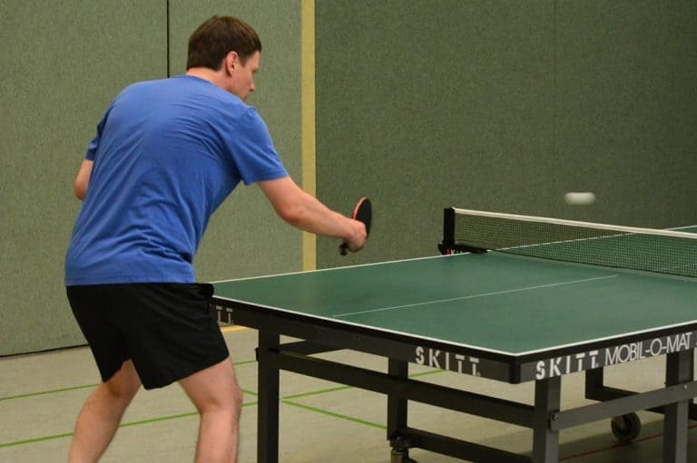advantages and disadvantages of table tennis